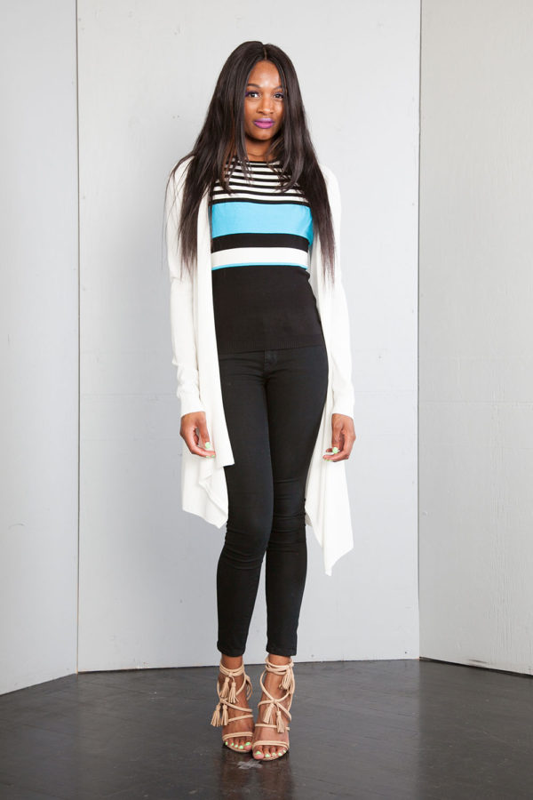 sleeveless turquoise knit top- front