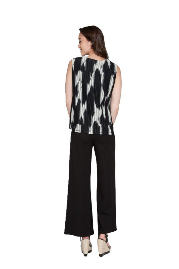 printed sleeveless top- back