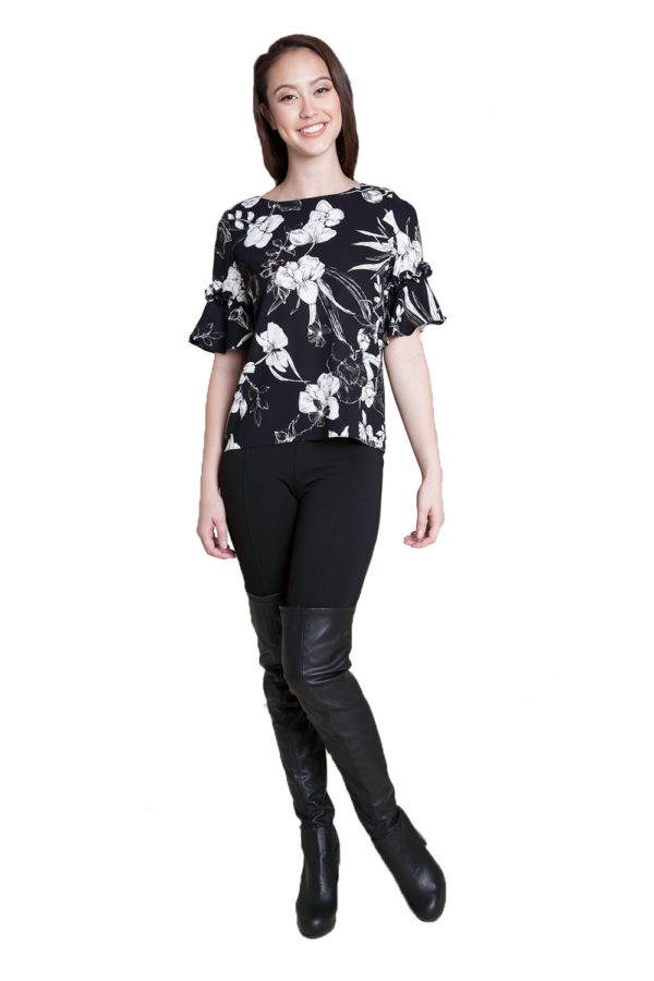 black and white floral ruffle top- front