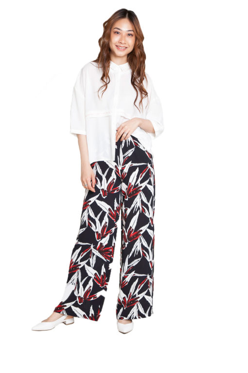 printed wide leg pants- front