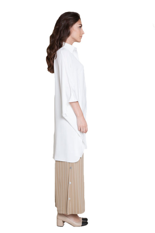 oversized white blouse- side