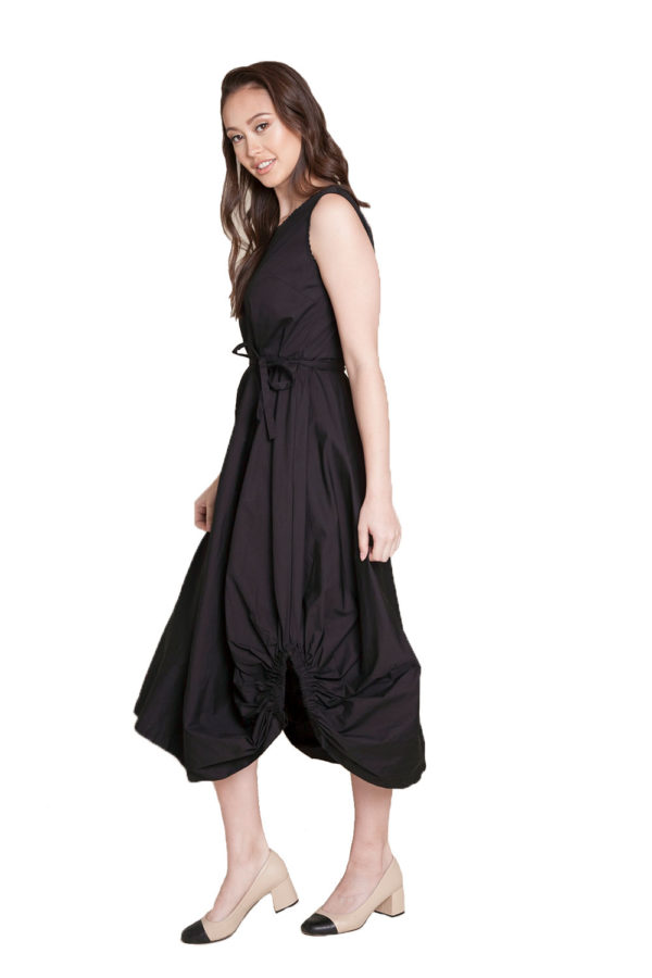 black balloon dress- side