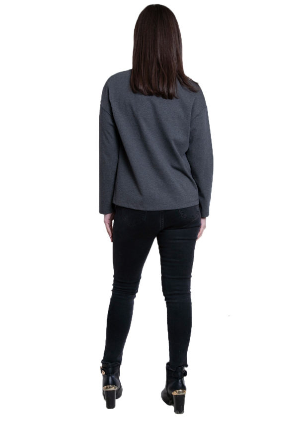 color block patch grey top- back