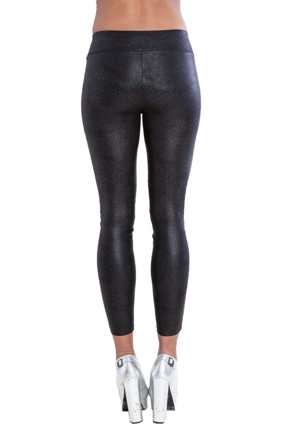 printed black leggings- back
