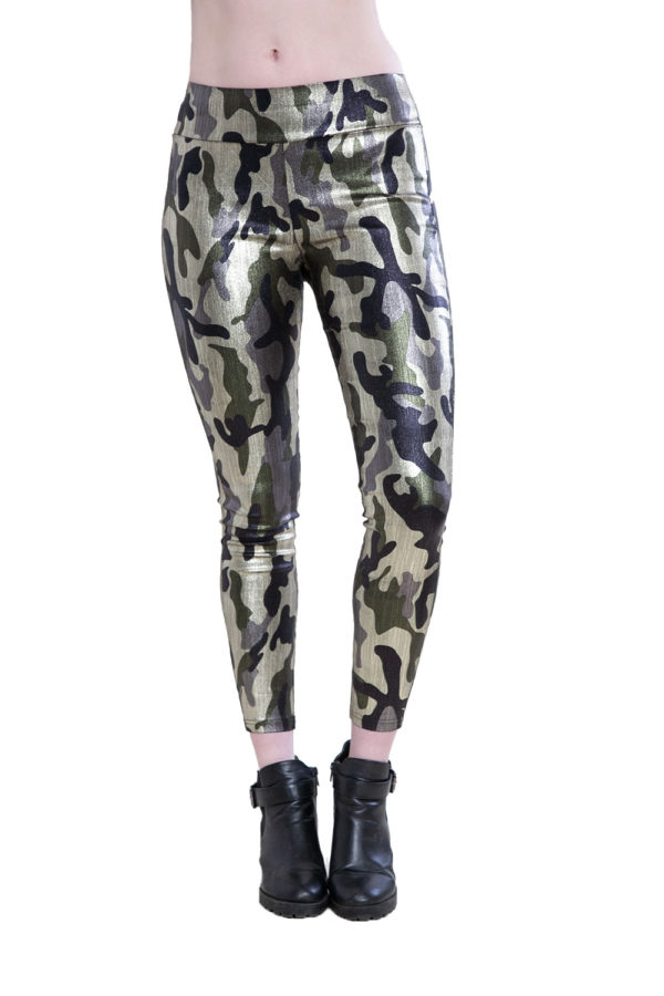 camouflage printed leggings- front