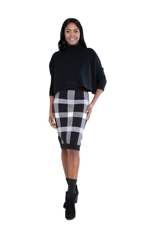 black plaid knit skirt- front
