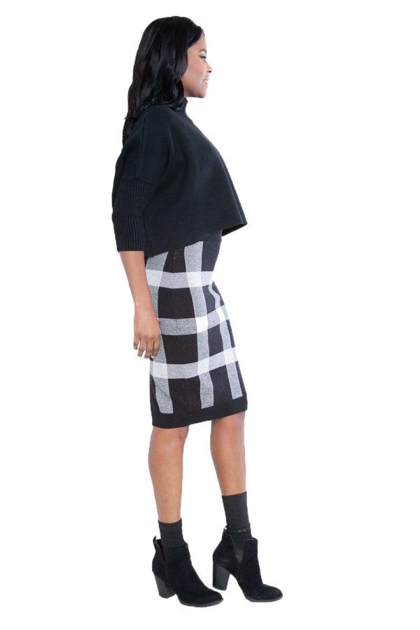 black plaid knit skirt- side
