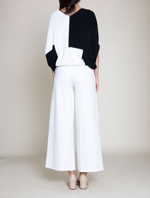 black and white color blocked knit top- back