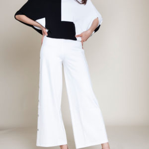 black and white color blocked knit top- front