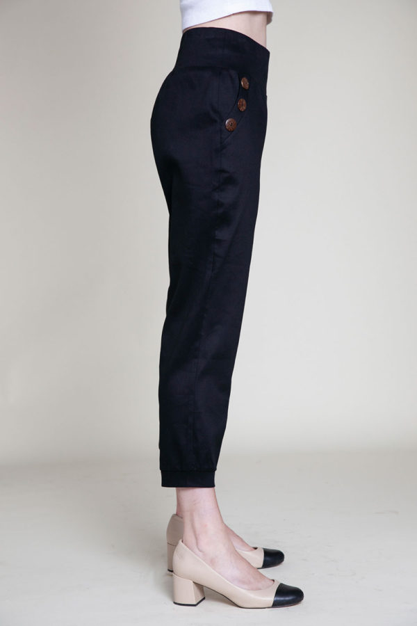 button side black pants- side
