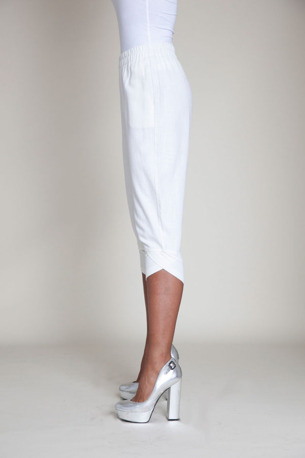 white linen pants- side