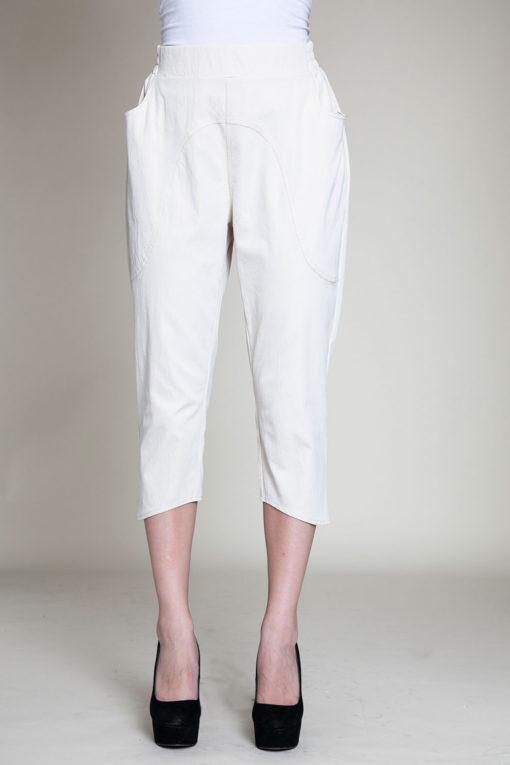 khaki cropped pants- front