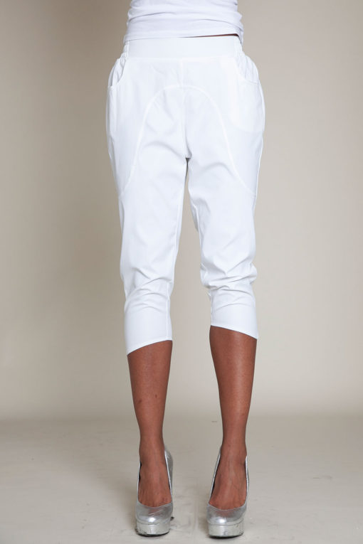 white cropped pants- front