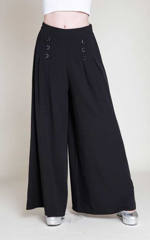 black grommet pants- front