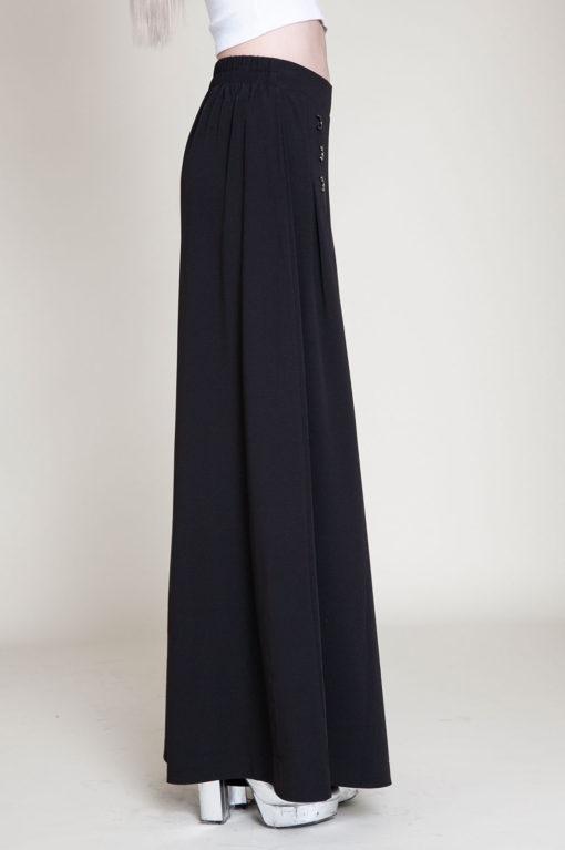 black grommet pants- side