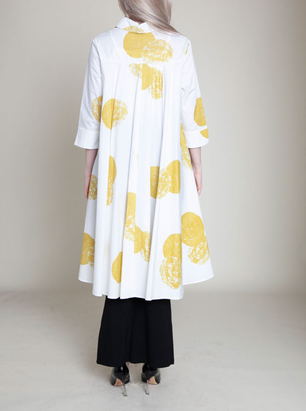 yellow and white dot blouse- back