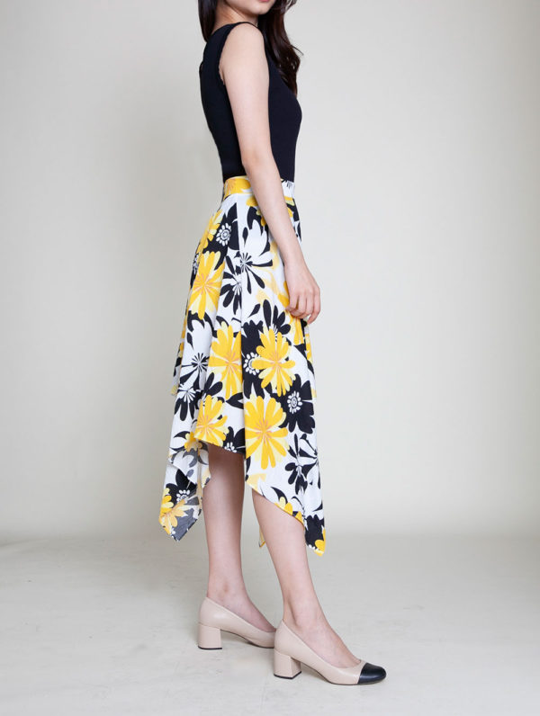 yellow floral print skirt- side