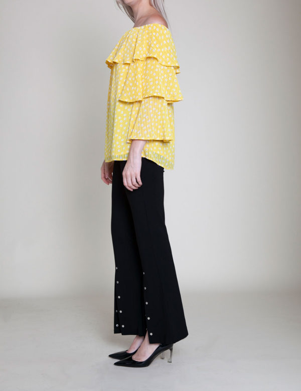 daisy printed yellow ruffle top- side