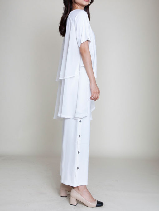 CHIFFON SIDE OVERSIZED WHITE TOP- SIDE
