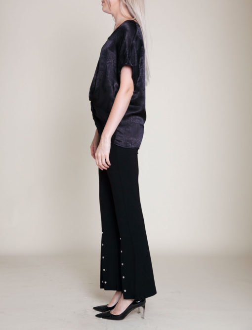 KNOT FRONT BLACK TOP- SIDE