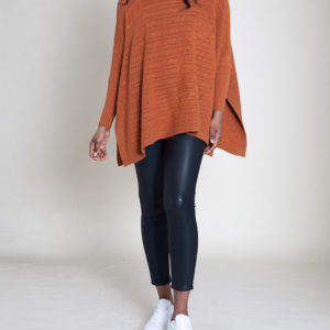 OVERSIZED TURTLENECK ORANGE SWEATER- FRONT