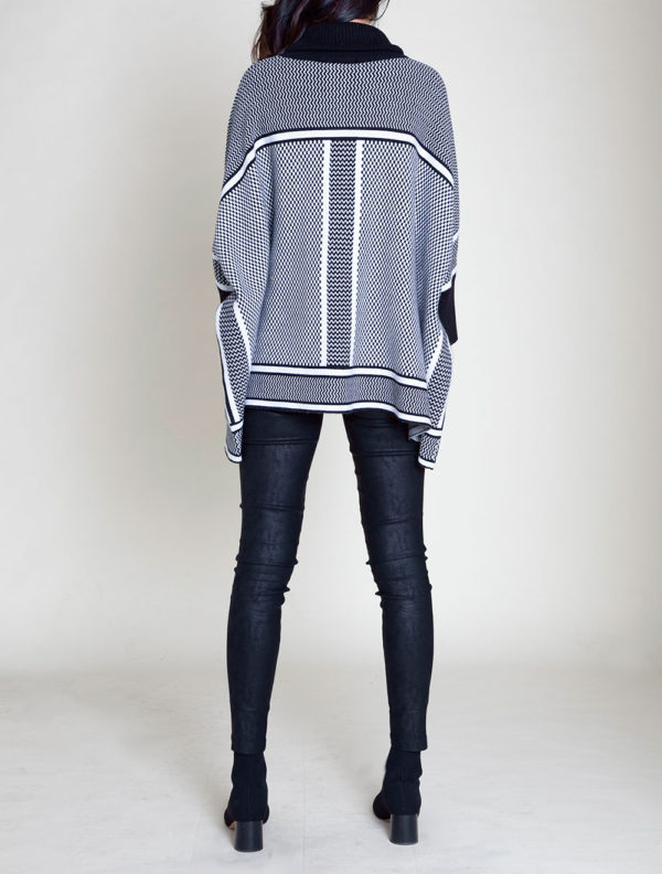 BLACK AND WHITE STRIPED KNIT SWEATER- SIDE