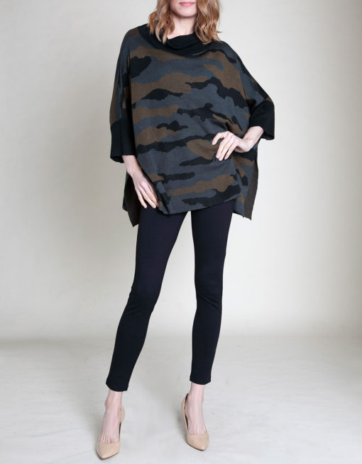 CAMOUFLAGE PRINTED OVERSIZED KNIT SWEATER- FRONT