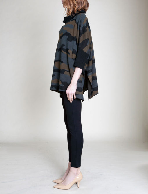 CAMOUFLAGE PRINTED OVERSIZED KNIT SWEATER- SIDE