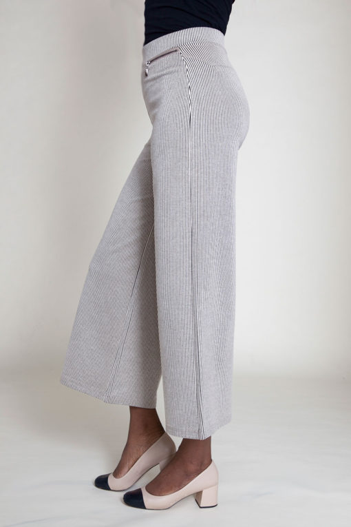 SIDE ZIP BEIGE CULOTTE PANTS- SIDE