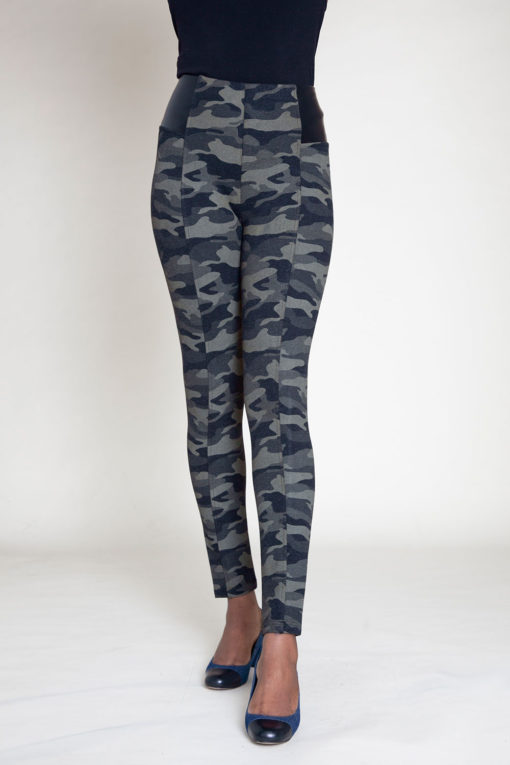 OLIVE CAMOUFLAGE PRINTED JEGGINGS- FRONT