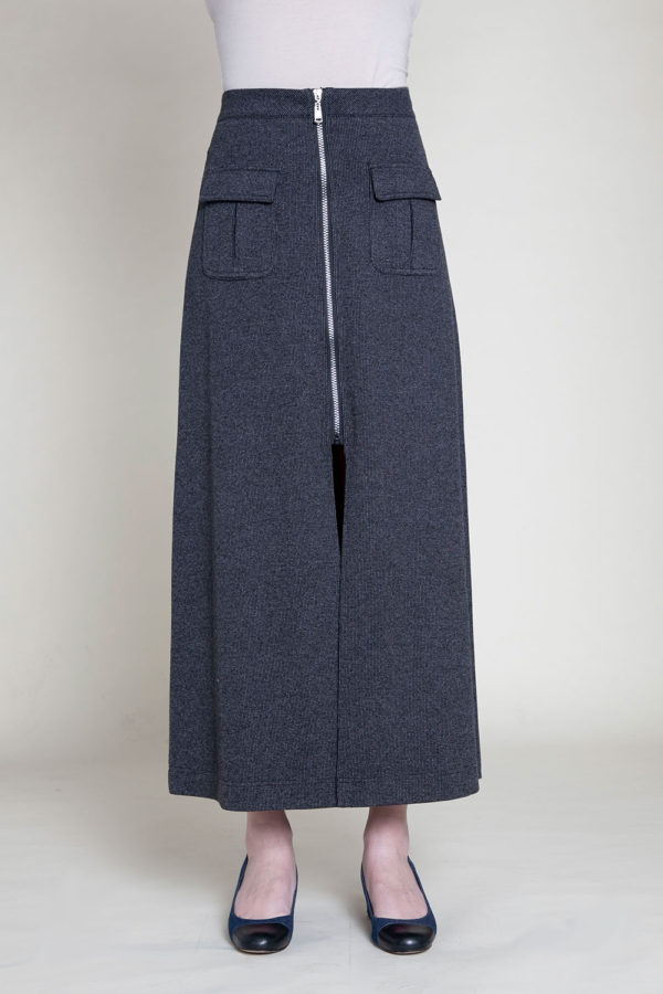 MID LENGTH GREY SKIRT- FRONT