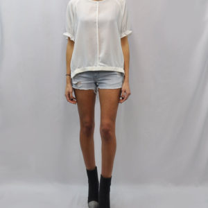 elastic hem high low short sleeve white top- front