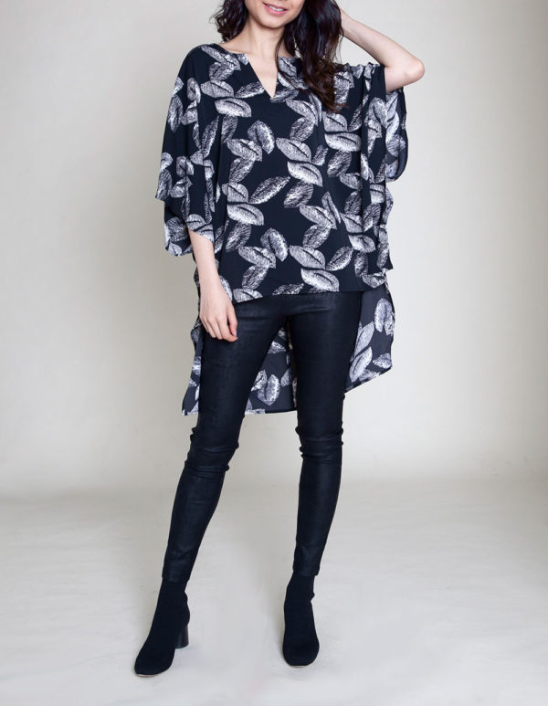 HIGH LOW LEAF PRINTED NOTCH NECK BLACK TOP- FRONT