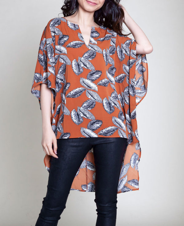 HIGH LOW LEAF PRINTED NOTCH NECK BROWN TOP- FRONT