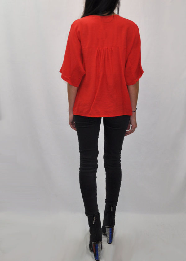 FRONT PLEAT V NECK RED TEE- BACK