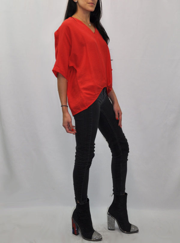 FRONT PLEAT V NECK RED TEE- SIDE