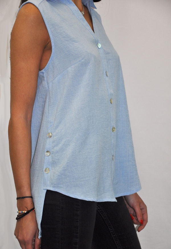 BUTTON UP SLEEVELESS BLUE TOP- SIDE
