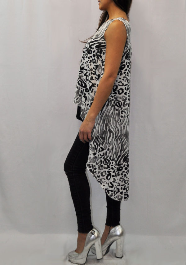 SLEEVELESS GREY ANIMAL PRINTED LAYERED TOP- SIDE